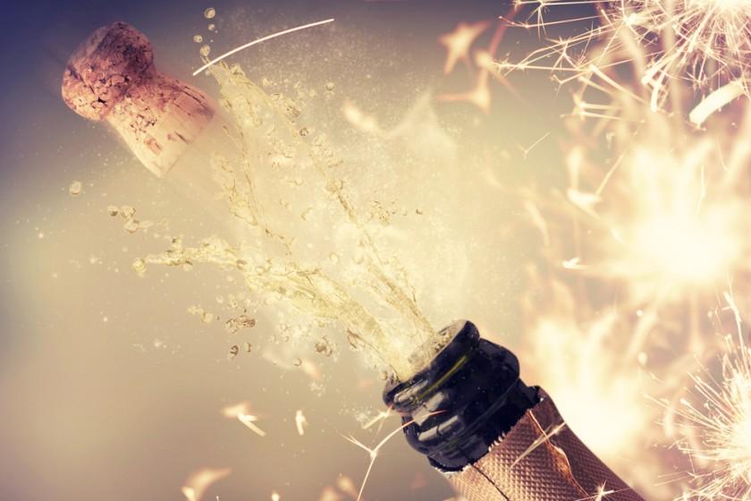 Champagne_Splash_by_Guschenkova_Lizenz_Shutterstock.com