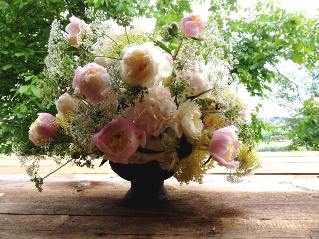 """Pracht-Blumen für Pracht-Frauen. (c) Paeonia Pracht by courtesy of Slow Flowers """"Vom Hügel"""""""